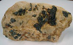 Imatge relacionada amb pegmatita