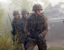 Imatge relacionada amb soldat
