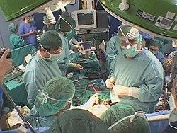 Imatge relacionada amb cirurgia