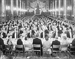 Imatge relacionada amb banquet