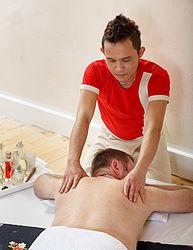Imatge relacionada amb massatge