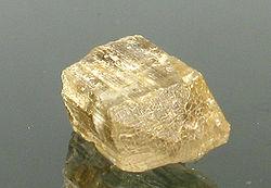 Imatge relacionada amb escapolita