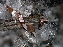 Imatge relacionada amb titanita