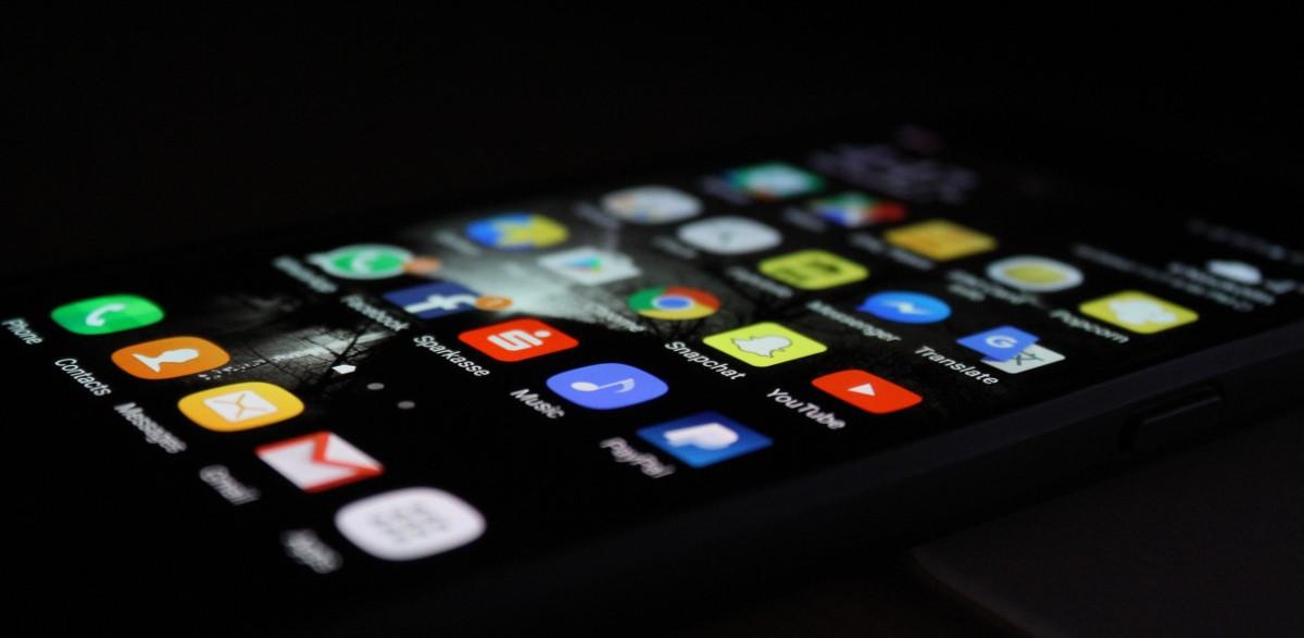 Un 12,5% de les aplicacions mòbils més populars es troben en català i disponibles a Softcatalà